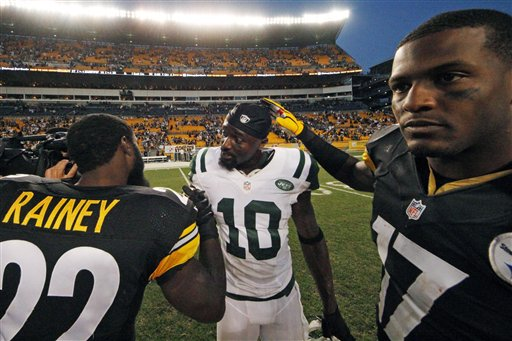 Mike Wallace,  Chris Rainey,  Santonio Holmes