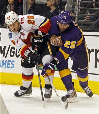 Dustin Penner, Dennis Wideman