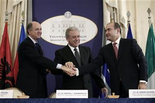 Dimitris Avramopoulos , Edmond Haxhinasto, Corrado Passera