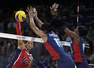 Destinee Hooker, Foluke Akinradewo, Milagros Cabral de la Cruz