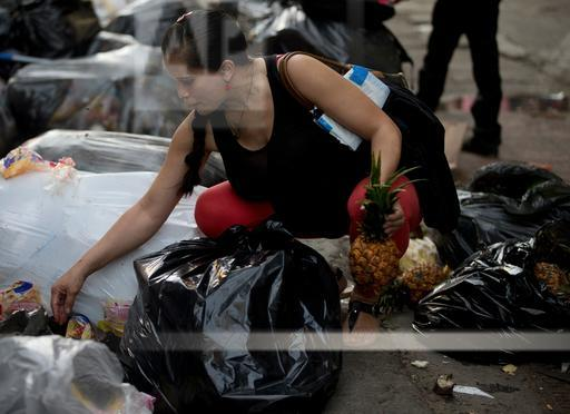 Venezuela Undone - Trash Pickers