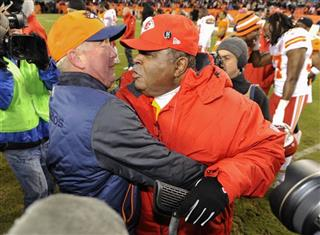 John Fox, Romeo Crennel