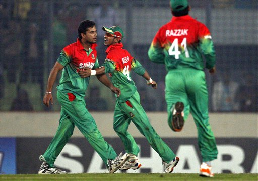 Nasir Hossain, Mashrafe Mortaza