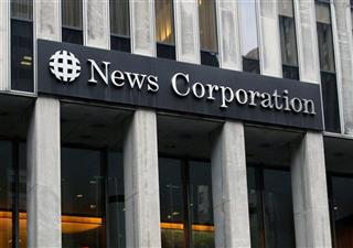 Earns News Corp