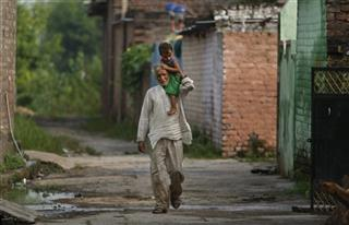 India Kashmir In The Line Of Fire Photo Gallery