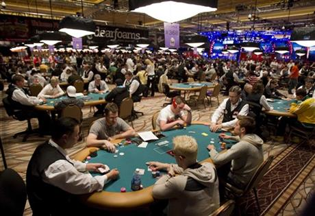 Las Vegas-Poker Decline