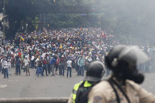 Venezuela opposition plans silent procession, road sit-ins