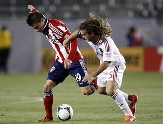 Jorge Villafana, Kyle Beckerman