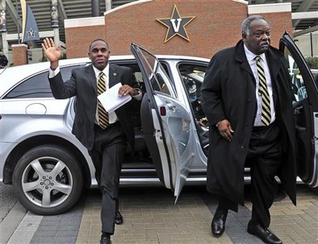 Derek Mason, David Williams
