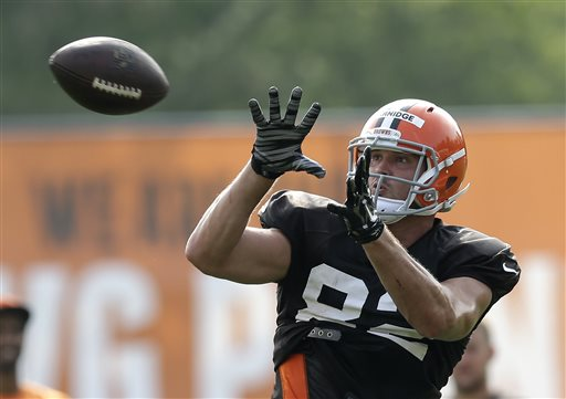 Browns release veteran tight end Gary Barnidge