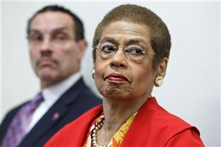 Eleanor Holmes Norton, Vincent Gray