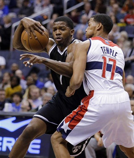 Joe Johnson, Garrett Temple