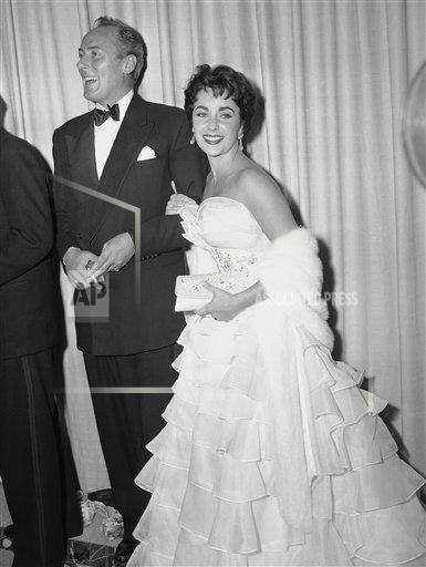 Watchf AP A ENT CA USA APHS246597 Elizabeth Taylor and Michael Wilding