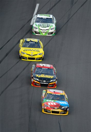 Kyle Busch, Clint Bowyer, Matt Kenseth, Mike Bliss