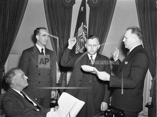 Watchf Associated Press Domestic News  Dist. of Col United States APHS197816 FDR Watches Smith Take Oath 1939