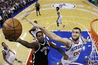 Spencer Hawes, Andray Blatche