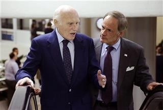 Herb Kohl, Tom Carper