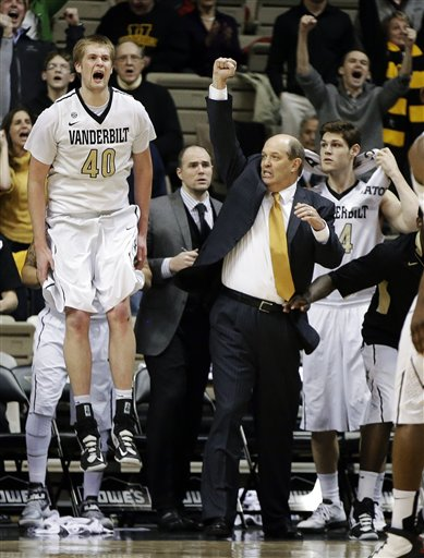 Kevin Stallings, Josh Henderson