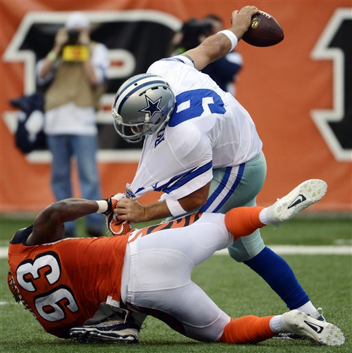 Tony Romo, Michael Johnson