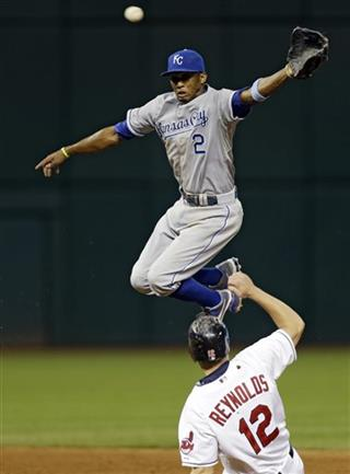 Alcides Escobar, Mark Reynolds
