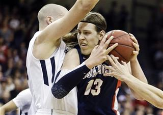 Dennis Kramer, Kelly Olynyk