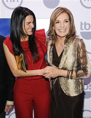 Angie Harmon, Linda Gray