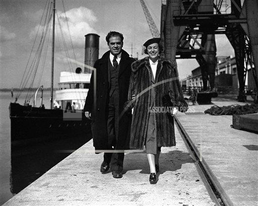 Watchf AP I   XEN GBR APHS392225 Frank Capra and wife