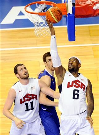 Lebron James, Victor Claver