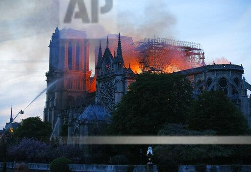 France Notre Dame Fire