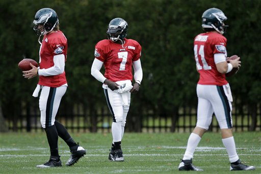 Nick Foles,  Michael Vick,  Trent Edwards