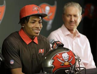 Vernon Hargreaves, Dirk Koetter