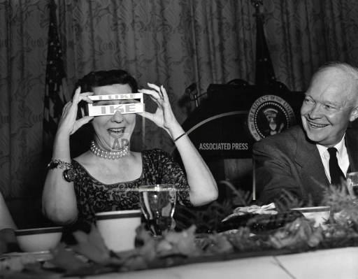 Associated Press Domestic News Dist. of Columbia United States Election campaigns I LIKE IKE EYESHADE