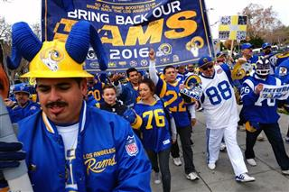 LA Rams Rally Football