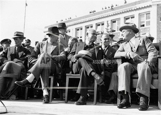 Watchf AP A  NY USA APHS267468 Franklin D.  Roosevelt and  Herbert  Lehman
