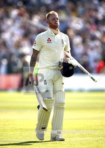 England v Australia - Third Test - Day Four - 2019 Ashes Series - Headingley