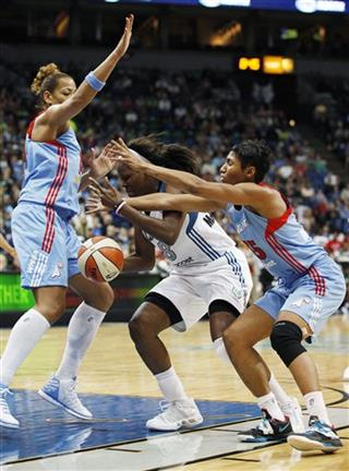 Taj McWilliams-Franklin, Ericka de Souza, Angel McCoughtry