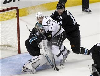Trevor Lewis, Antti Niemi , Patrick Marleau