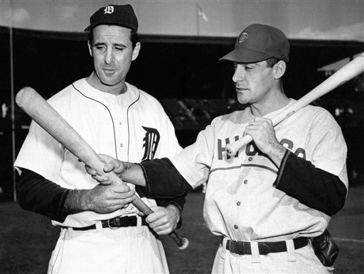 Hank Greenberg and Phil Cavaretta 1945