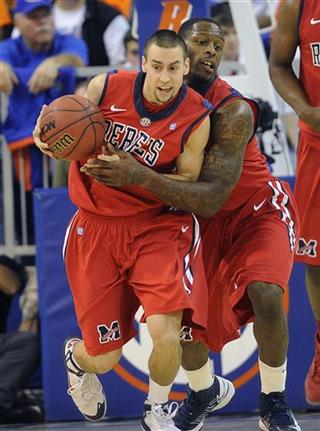 Marshall Henderson, Murphy Holloway