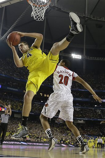 APTOPIX NCAA Final Four Michigan Louisville Basketball