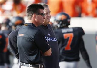 Mike Gundy, Charlie Weis