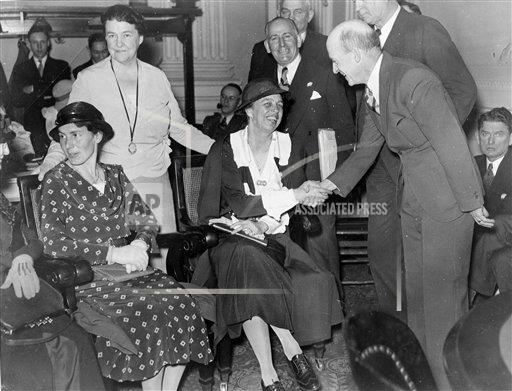 Watchf AP A  DC USA APHS462120 Eleanor Roosevelt 1933