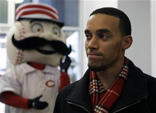Billy Hamilton, Mr. Redlegs
