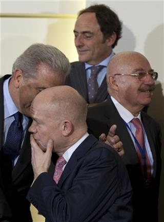 Dimitris Avramopoulos, William Hague