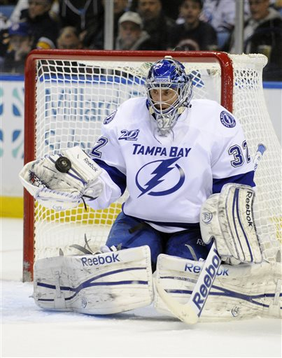 NHL Roundup: Enroth, Sabres handle Lightning in Stamkos' return