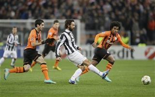 Andrea Pirlo,  William,  Henrik Mkhitaryan