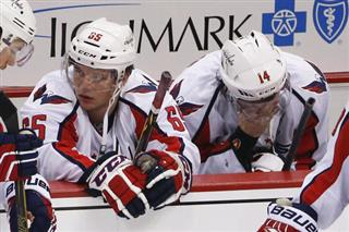 Andre Burakovsky, Justin Williams