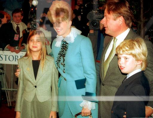 IVANA TRUMP AND CHILDREN
