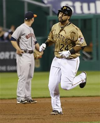 Pedro Alvarez, Matt Dominguez