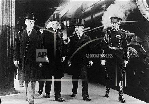 Watchf Associated Press Domestic News  Dist. of Col United States APHS121889 Arthur J. Balfour